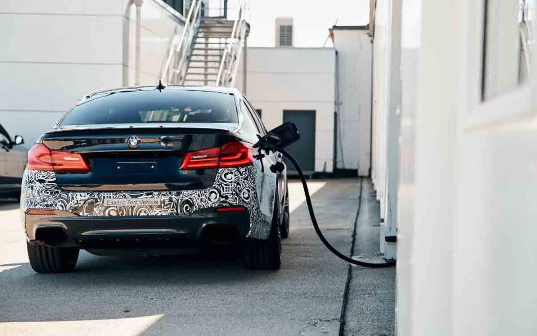 Modelli BMW in prossima produzione: BMW Serie 5 e BMW X1