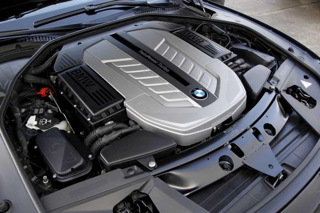 motore-v12