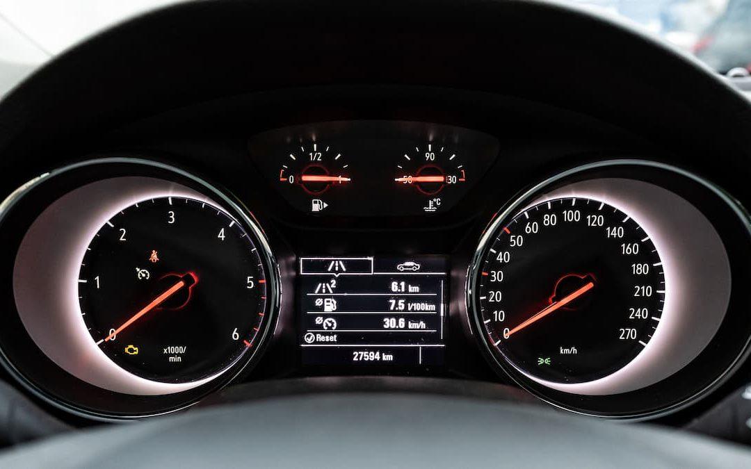 BMW EPC: cosa è e cosa indica questo segnale d'avvertimento